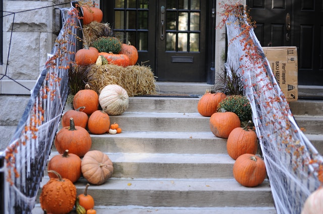 Halloween Decorations Idea - Scary staircase