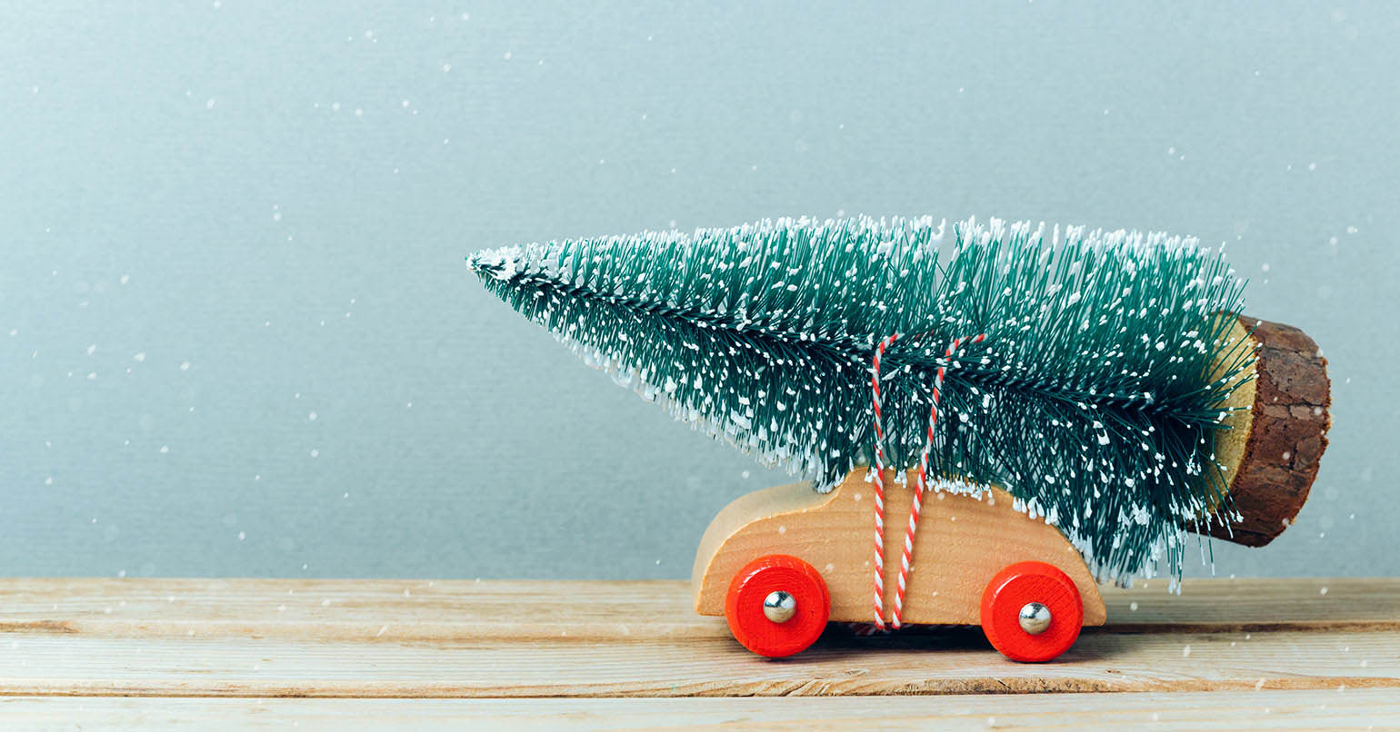 Unique Christmas Tree Decorations For a Fun-filled Festive Vibe